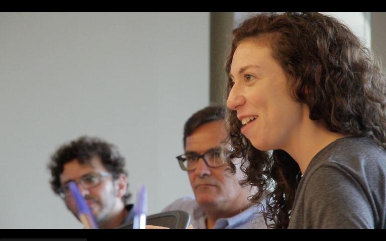 Andrea Rosen, diretora da Cube, Luiz Fernando Sá (ao centro) e Clayton Melo, da StartAgro, durante o encontro. Foto: Leonardo Mattos Guerra