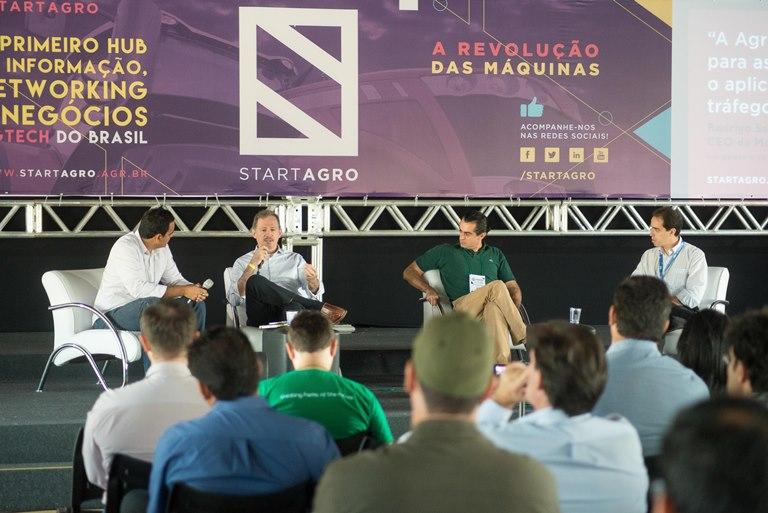 Da esq. para adir: José Tomé, Fernando Martins, Francisco Jardim e Leonardo Mariote. Foto: Fabio Melo/Divulgação
